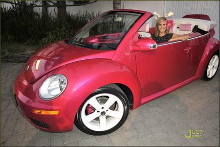 粉色甲壳虫敞篷车超级可爱.