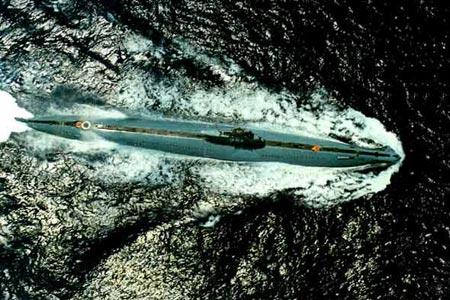 ...中国也已经逐步建立起了全面的军队.中国潜艇舰队的增长速度...