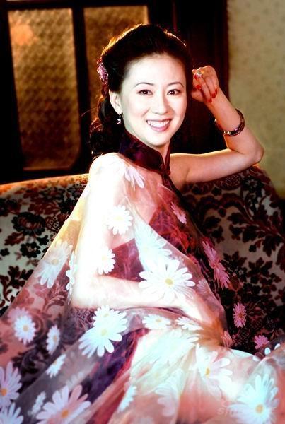 汤加丽:我是中国人体艺术署名第一人[组图]