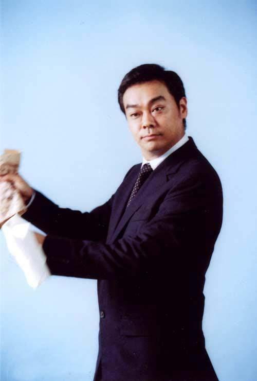 刘青云经纪人表示根本不认识涂紫凝图片