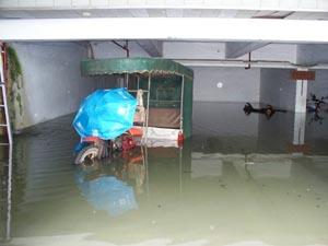 小区停水电已6天 海口孕妇无奈旅店开房待产图片