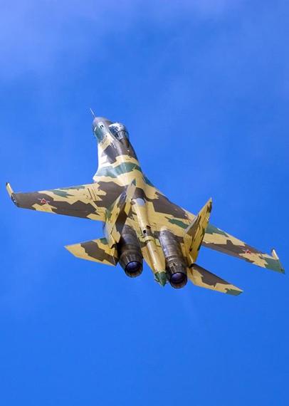 此次航展共展示了147架飞机实物,俄罗斯作为东道国展出了战略轰炸