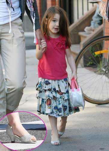 拥有一大批粉丝,近日,一张苏瑞穿高跟鞋高调亮相的照片吸引了众人的目