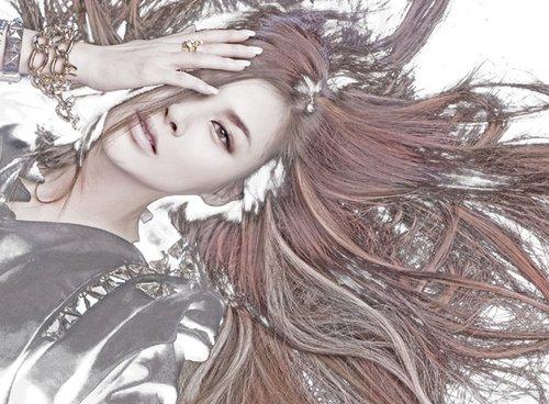 韩国女歌手ivy公开新专辑封面大秀神秘风采(图)