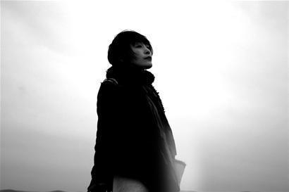 歌手陈琳跳楼身亡终年39岁 压力太大为情所困?