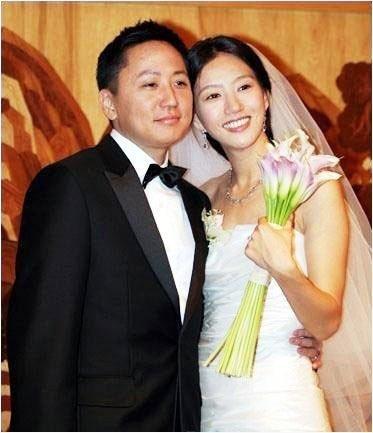 美女酒店被颜射15p_金玟和李志浩   演出港片《特务迷城》的韩国美女金玟,2006年