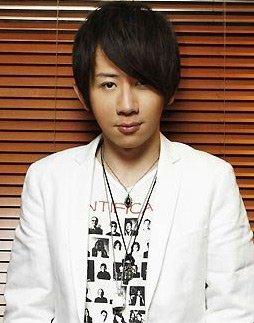 魔术师刘谦遭炮轰-用繁体还是简体写博客 刘谦再遭网友群起攻之图片