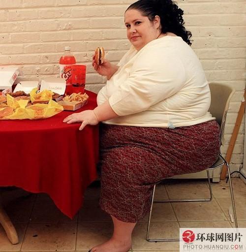 胖妈妈的肥穴_\