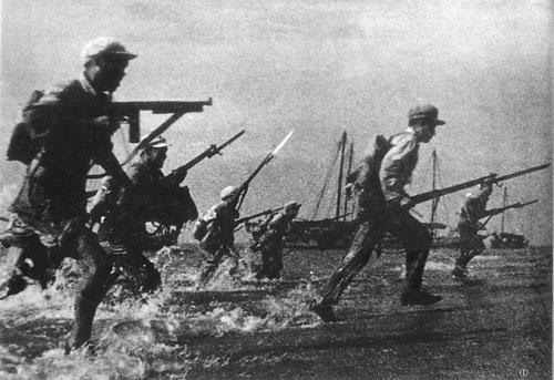 1950年3月6日,40军118师352团加强营实施解放海南岛的第一次武装