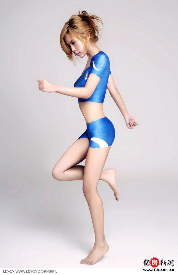彩色美女人体艺术照_不同于张筱雨苍井空人体艺术 世界杯裸女彩绘