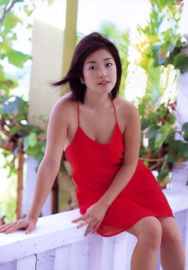 日本av女优裸体照片_巨乳日本av女优小向美奈子诱惑写真