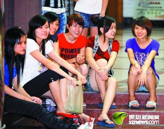 深圳街舞队白天打零工晚上当明星 让青春有梦