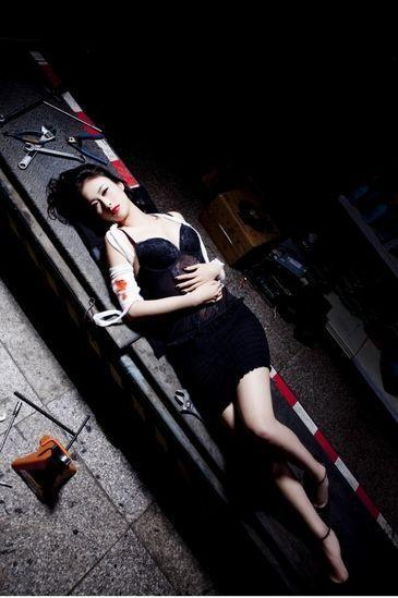 超大胆亚洲美女人体艺术囹�a��dyg`_足球宝贝兽兽人体艺术写真 尺度大胆(图)
