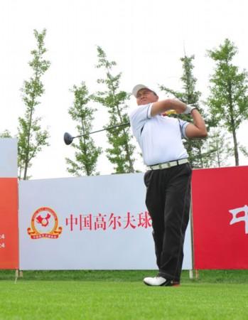 中国职业业余配对赛首轮 黄明杰大力出击