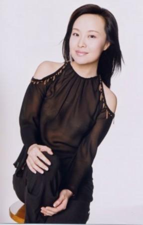 叶蓉怀孕低调以对 近期暂不主持《财富人生》