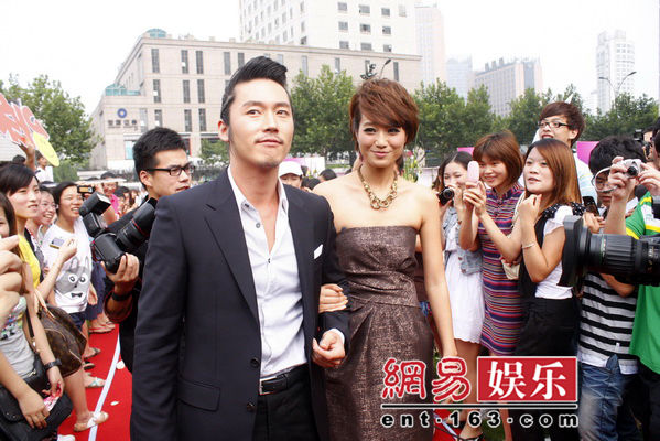 爱上女主播浙江卫视版_《爱上女主播》将于9月19日在浙江卫视播出.