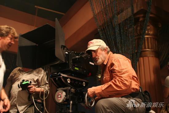 好莱坞顶级摄影师和3d特效指导加盟的中国以及亚洲首部imax 3d电影