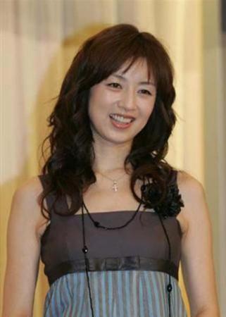 日本早早人体艺术_南海网 新闻中心 娱乐新闻 明星聚焦    据日本媒体报道,37岁的女星高
