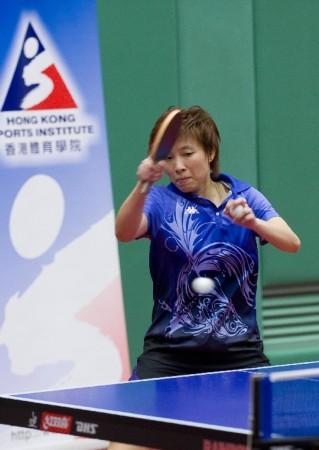 中国香港乒球队备战亚运 林菱在训练中