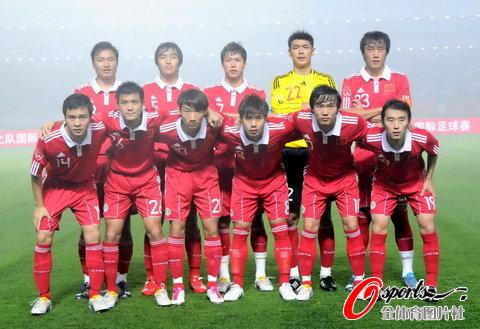 新浪体育讯 2010年10月12日,足球热身赛,中国国家队在武汉迎战