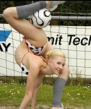 艺术体操女孩成世界最柔软女人组图