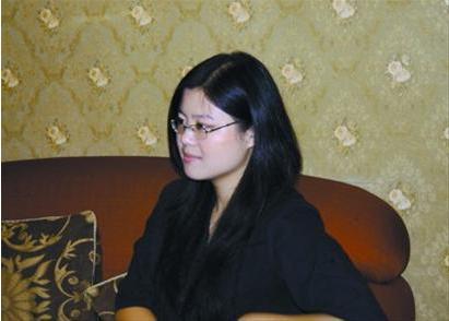 蓉荣接受记者专访 专访蓉荣 小月月仅是我笔下人物原型