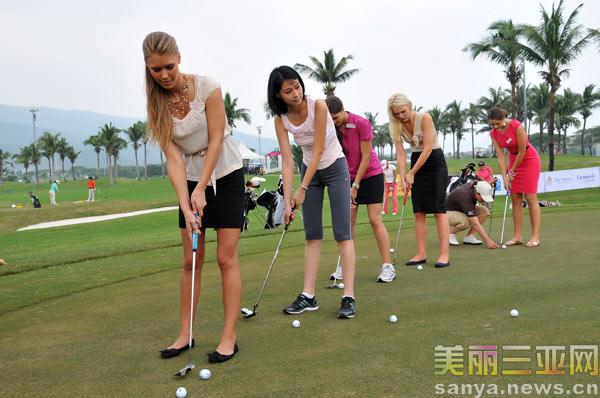 欧洲女子职业高尔夫球巡回赛三亚开球[组图]