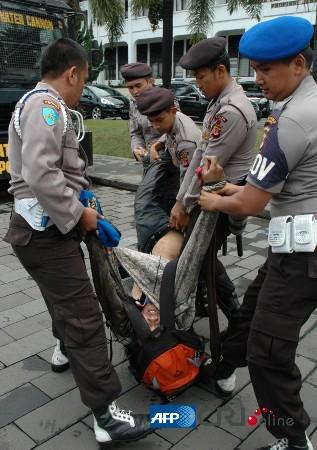 1998印尼杀华人照片