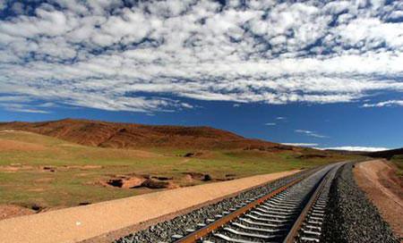 中国铁路向藏南延伸 引发印度官员和舆论的喧