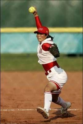 垒球介绍 起源自美国 分快速投球和慢速投球两种
