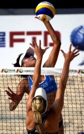 (体育)(3)沙滩排球——世界沙排巡回赛三亚女子公开赛:薛晨/张