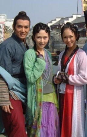 演员更是请来了台湾红星焦恩俊,张玉嬿以及新加坡实力派影星范文芳