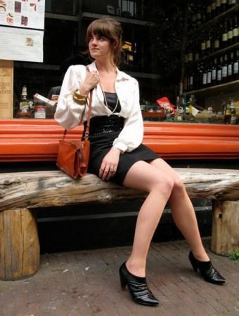 实拍荷兰街头高个美女