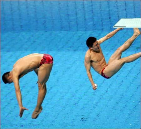 中国女运动员跳水视频