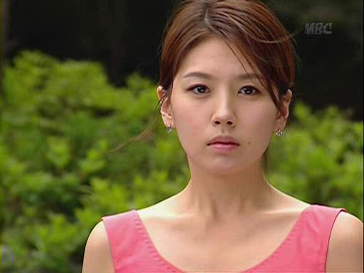 韩国明星朴慧尚_韩女星朴慧尚自杀身亡 韩国两年自杀明星一览_南海网新闻中心