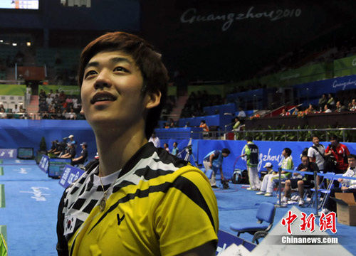 球技出色人更 帅 广州亚运羽毛球星俊男多