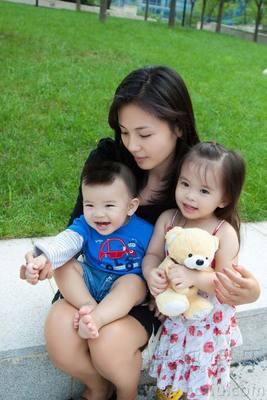 刘涛温馨家庭照曝光 儿女可爱如王子公主