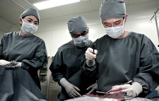 《医者仁心》12月央八首播 开启医疗剧破冰之旅