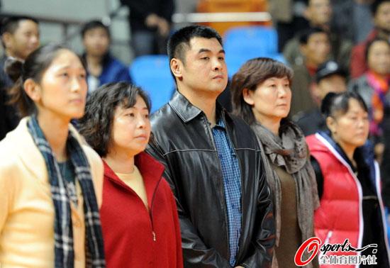 WCBA第1轮 隋菲菲和刘玉栋