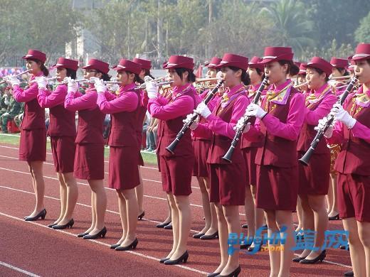 女子军乐队视频_女子军乐队服装图片 _网络排行榜