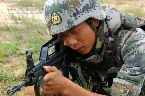 清酷图 威武的解放军陆军战士