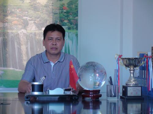 七叉镇镇长刘恩吴图片