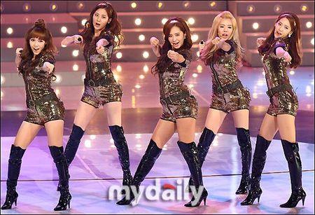 歌谣丝袜《Oh!》当选KBS女生时代人气少女穿爱大典歌曲图片