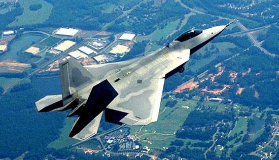 日本将先于中国装备隐形战机_美军将在日本冲绳临时部署15架F-22隐形战机_南海网新闻中心