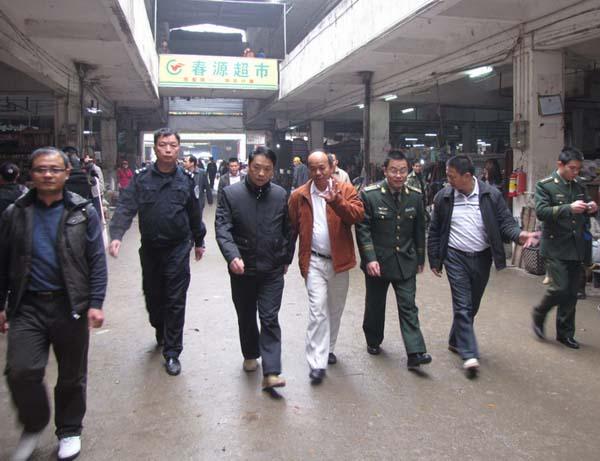 江华安、范高净带队检查春节前安全生产工作_