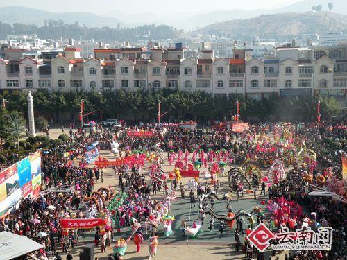 红红火火过大年弥渡百支灯班设置新春(图)中望cad在喜迎图纸哪图片
