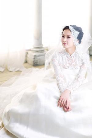 新娘短发造型婚纱装_短发新娘发型 无锡侬侬婚纱摄影