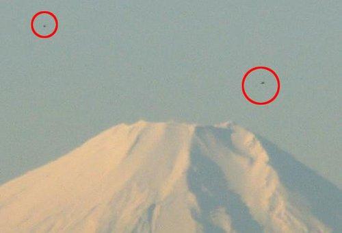 日本富士山UFO外星舰队事件照片曝光