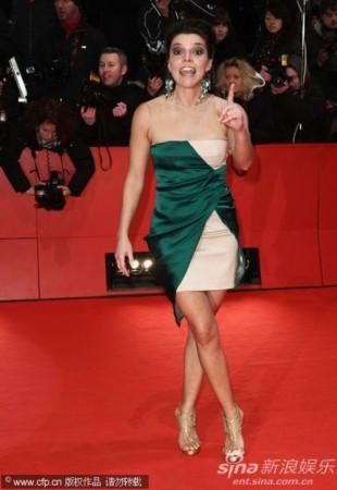 柏林电影节闭幕红毯 安娜 普拉森西亚图片