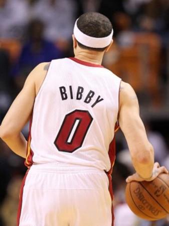 篮球头像背影带字